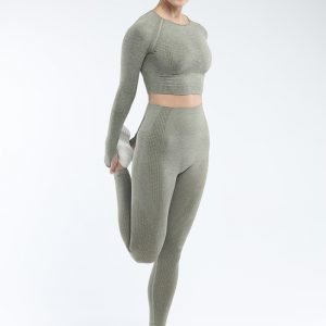 Long sleeve seamless yoga top army green Effect