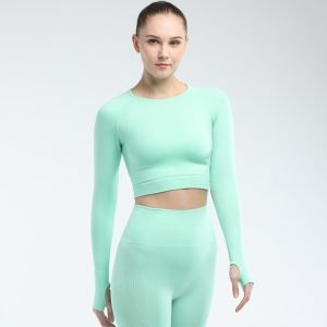 Long sleeve seamless yoga top green Effect