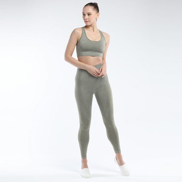 seamless activewear army green yoga leggings bra sets