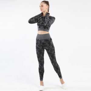 Seamless yoga top legging set black Camo